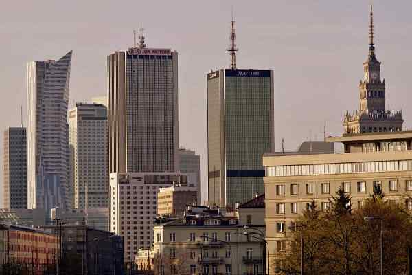 Warszawa pomaga mieszkańcom