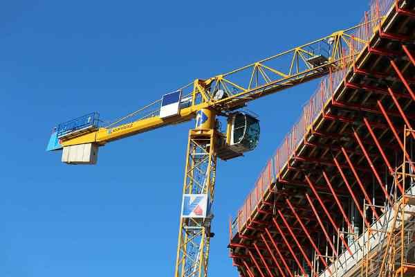 Czy branża budowlana poradzi sobie z długami?