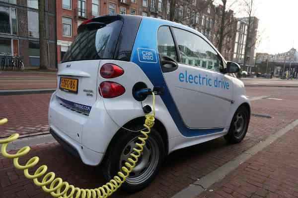 Kraków rozwija elektromobilność