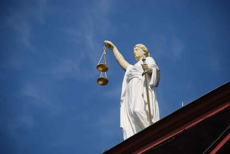Wysokiej rangi urzędnik dopuścił się oszustwa przy obrocie nieruchomością