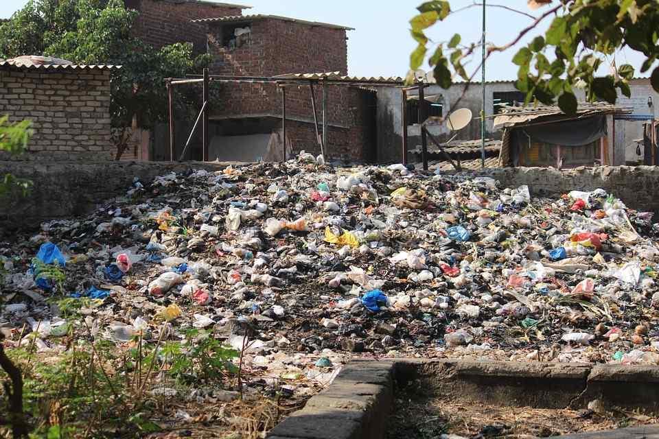 Czy stolicę zasypią śmieci?