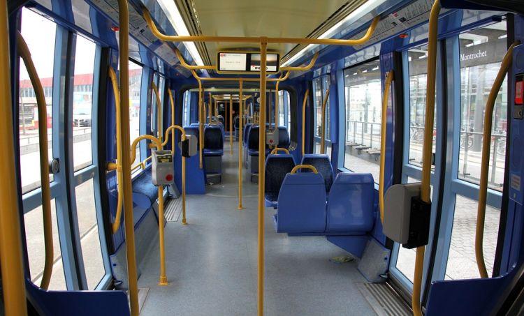 Podróżujący za przejazd zapłacą przez aplikację internetową