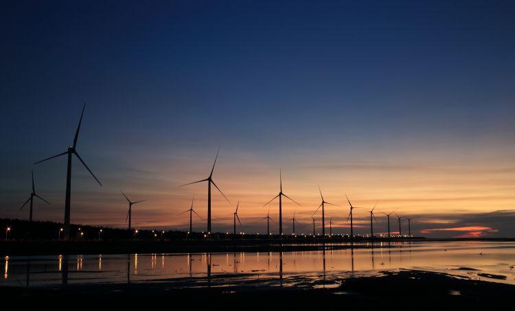 Farmy wiatrowe nakręcą polską gospodarkę?