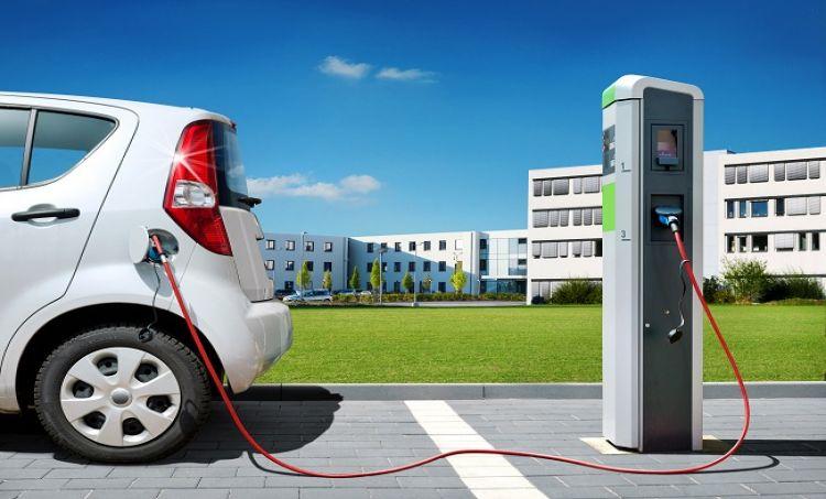 Elektromobilność w Polsce: Tylko 1 tys. ładowarek w całym kraju