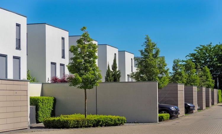 Jak zmieniał się rynek nieruchomości mieszkaniowych w Polsce 2020 r.?