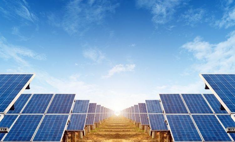 Zielona energia w Krakowie – czy to początek rewolucji?
