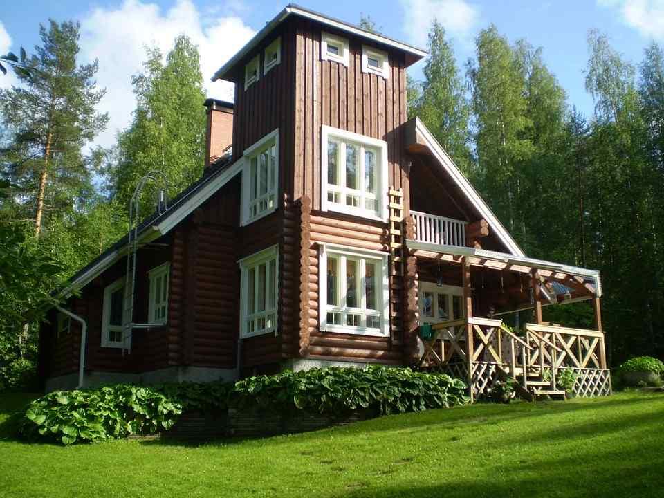 Dom czy duże mieszkanie? W co najlepiej zainwestować