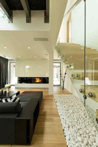 Szkło jako materiał w aranżacji wnętrz w stylu industrialnym