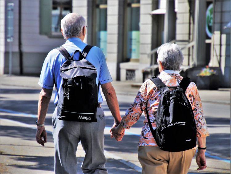 Na rynku powstaje coraz więcej osiedli senioralnych