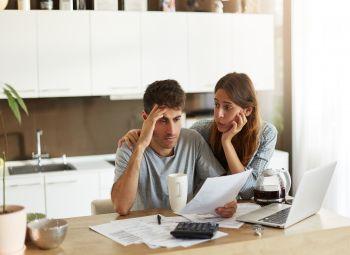 Niskie stopy procentowe nie chronią przed większym zadłużeniem