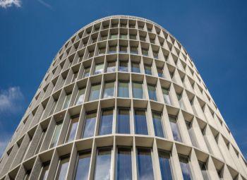 Architektoniczne ikony Poznania. Czy buduje się kolejna?
