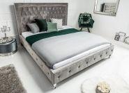 Łóżko do sypialni – z zagłówkiem czy bez?
