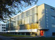 Mniej znaczy więcej: Bauhaus – styl aranżacji wnętrz