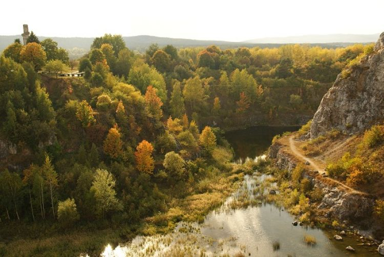 Geopark Kielce, Kadzielnia, źródło: Wikipedia, By Asirekas - Praca własna.