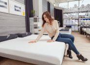 O czym pamiętać dobierając łóżko i materac do sypialni? Wskazówki ekspertów z Hilding Anders producenta innowacyjnych materacy