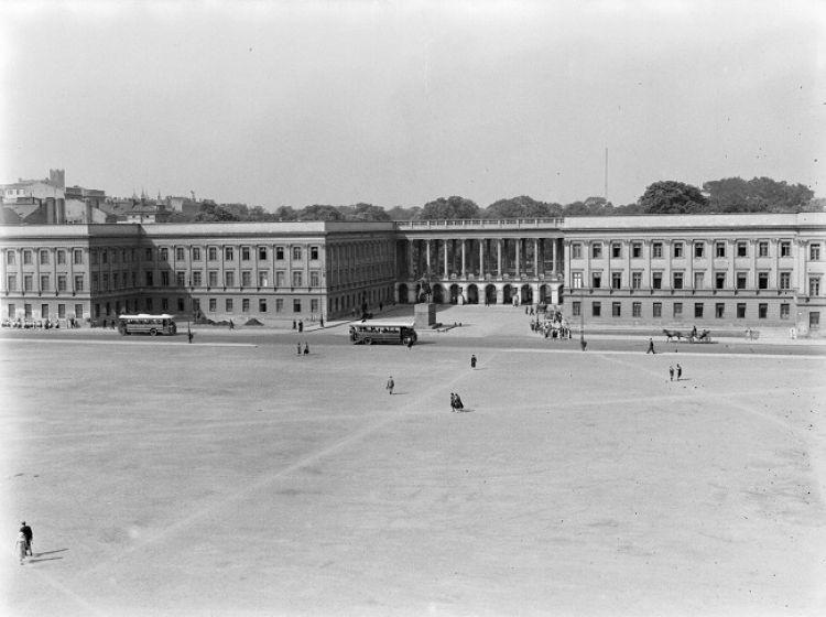 Pałac Saski w 1934, źródło: Wikipedia