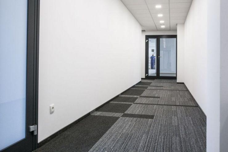 FYI REALESTATE, BMW Office, Kraków, Prądnik Biały, ul. Conrada - KRN.pl