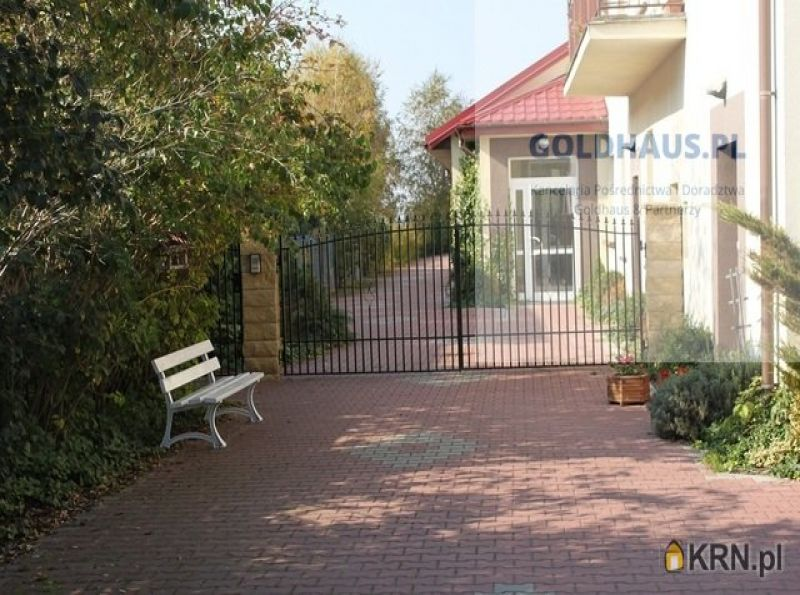 Dom Stare Babice 520.00m2, dom na sprzedaż