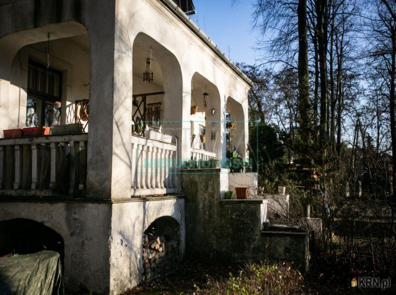 Dom Komorów 466.00m2, dom na sprzedaż